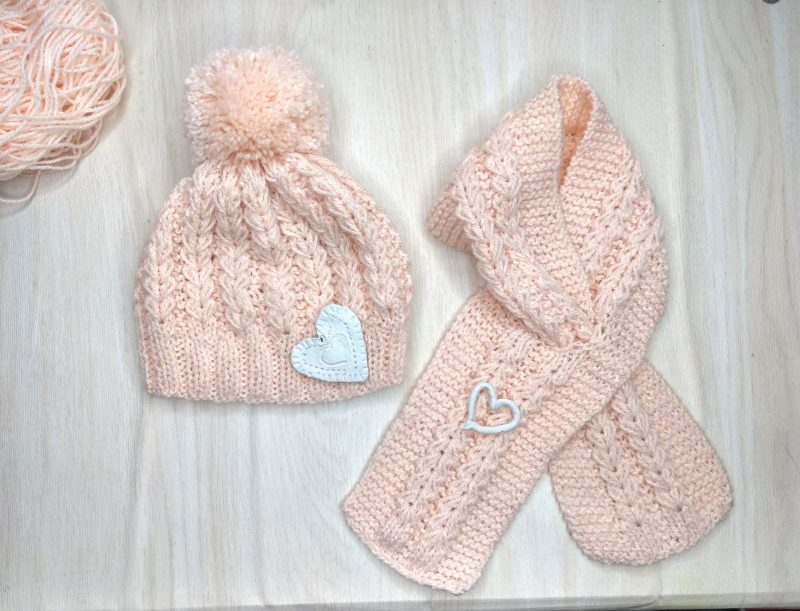 Knitted Heart Pattern Set of Toddlers with Beanie and Scarf