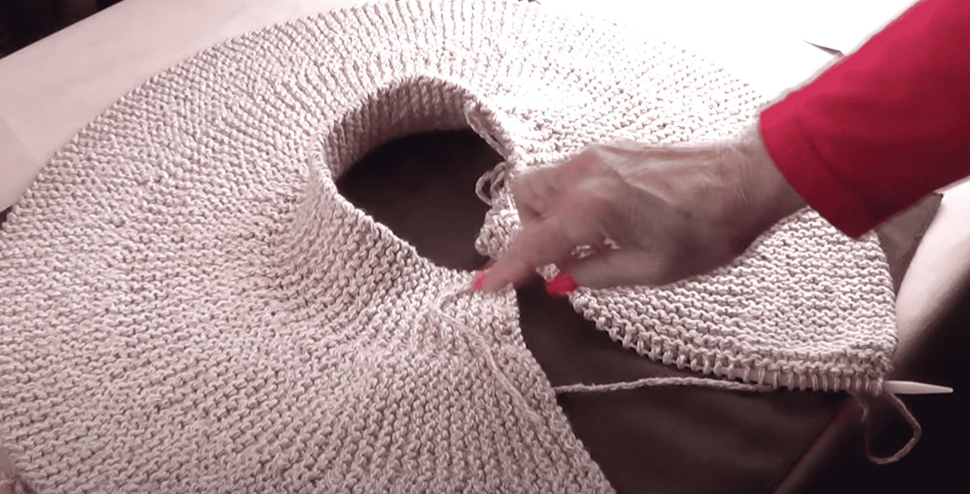 Short Row Capelet Knitting